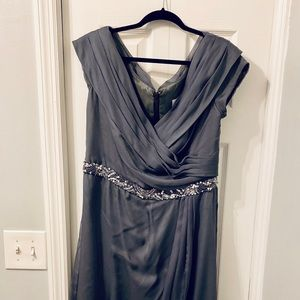 Jade by Jasmine grey maxi dress size 16